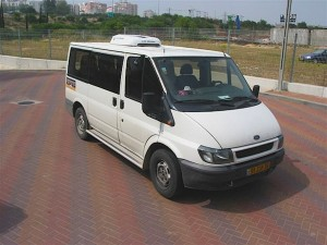 Minibuses Air Conditioning Service & Repair | 020 8991 0055